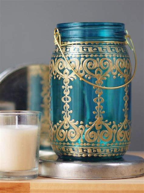 diy hauptdekor ideen schlafzimmer bemalte jar blaugr 252 n blauem glas mit b 246 hmischen