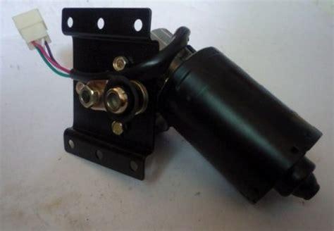 Motor Wiper Assy T Soluna motor wiper assy alat mobil