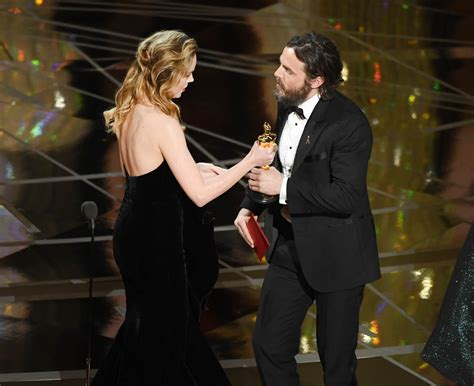 Brie Larson Made Casey Face Presenting To Affleck At The | brie larson made casey face presenting to affleck at the