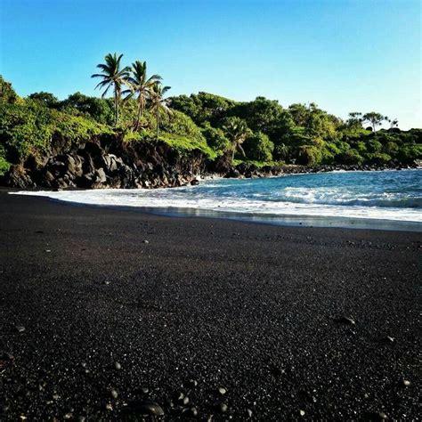 black sand beach maui black sand beach maui hawaii boundddd pinterest