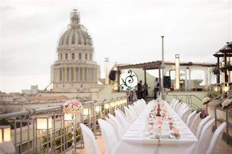 Stunning destination wedding in Cuba. Rooftop wedding