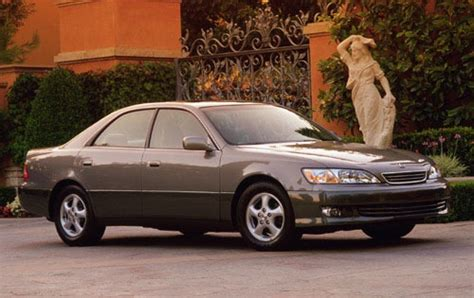 lexus models 2000 used 2000 lexus es 300 sedan pricing features edmunds