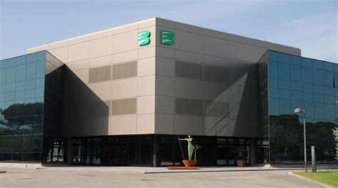 banca etruria lucca banca etruria chiude in positivo il primo trimestre la
