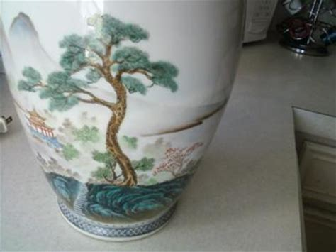 How To Identify Antique Vases by Identify Porcelain Vase And Value