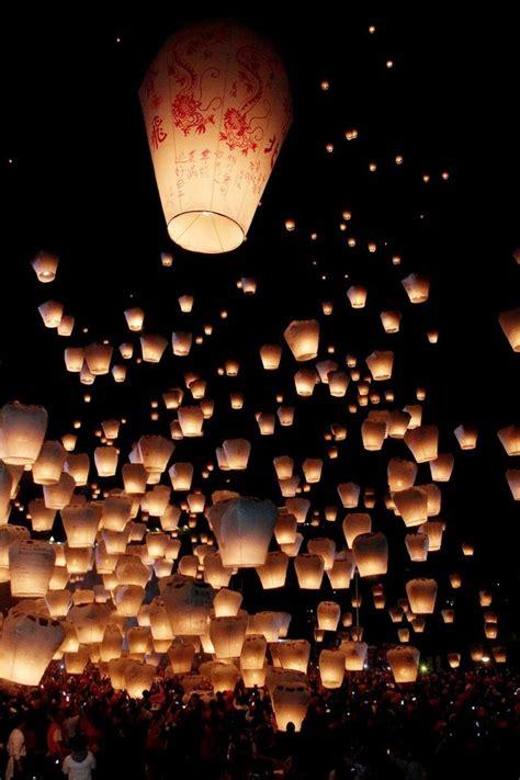 light festival near me best 25 sky lanterns ideas on floating