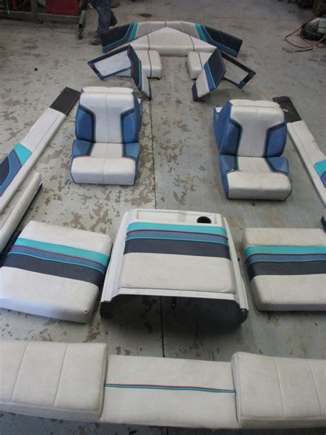 maxum boat cushions 1987 17 ft bayliner capri interior seats cushions back