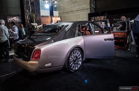 roll royce australia new rolls royce phantom viii debuts in australia