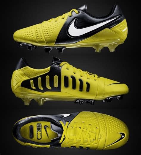 Harga Nike Ctr360 Maestri Iii kasut bola safee sali sembang bola sepak sukan forum