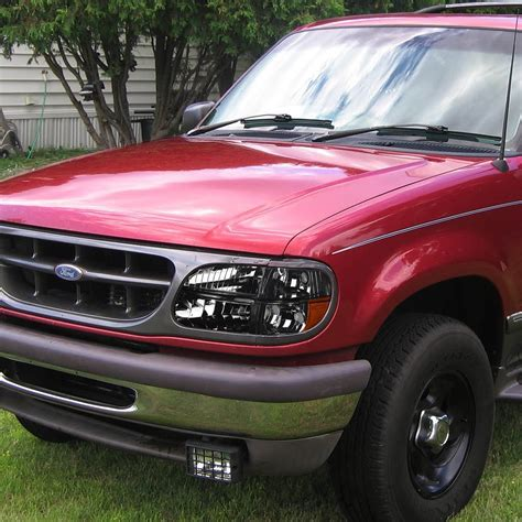 01 Ford Explorer by 95 01 Ford Explorer Headlights Combo Smoked