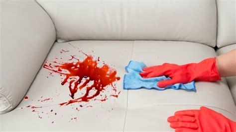 urin auf sofa entfernen flecken entfernen klassische tipps erfahrenen hausfrauen