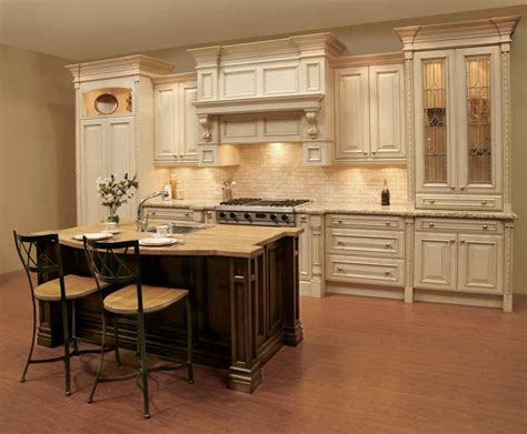 white traditional kitchen decobizz