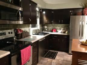 kitchen remodel java gel stain cabinets backsplash glass