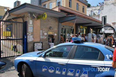 ufficio postale torre greco sparatoria alle poste di torre greco 5