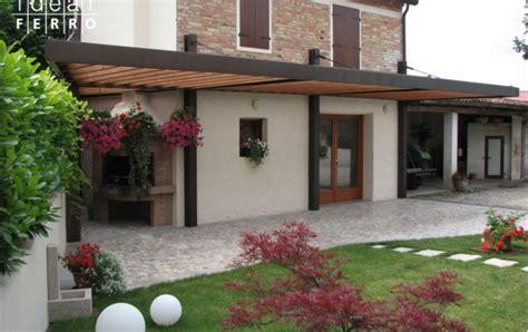 tettoie prefabbricate in ferro pompeiana in ferro con travature in legno idealferro