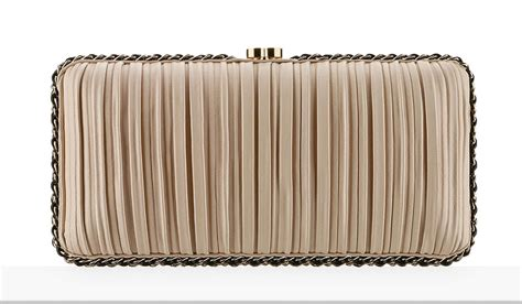 Clutch Chanel 115 chanel releases its lookbook for pre collection 2017 we all 115 bags