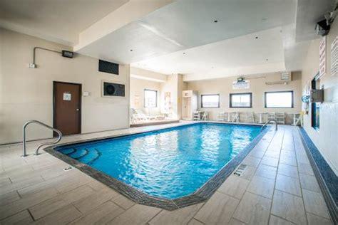 Comfort Inn Hazelwood Mo by Comfort Inn Suites Hazelwood Updated 2017 Motel