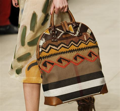 Burberry 2008 Handbags Runway Review by Burberry Fall 2014 Runway Bags 19 For Best Designer