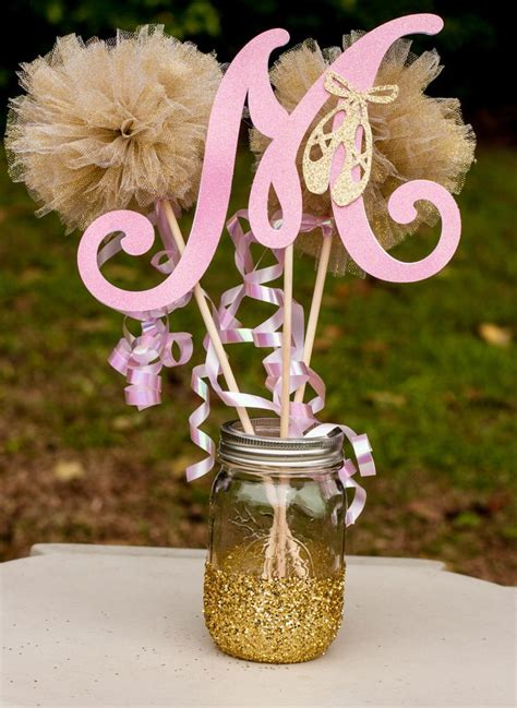 Centerpieces For Baby Shower Tables by Best 25 Baby Centerpieces Ideas On Baby