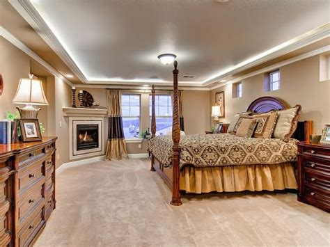 dominance in the bedroom 13 best images about master bedroom fireplace on pinterest