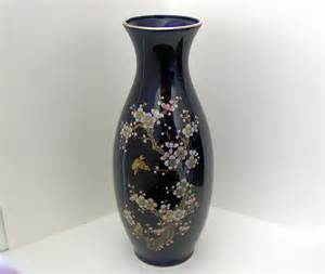 pictures of antique vases go search for tips