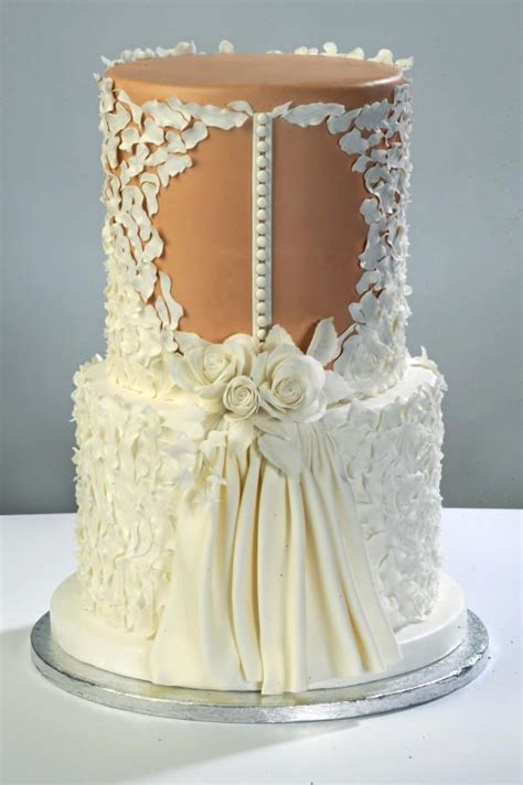 dress cake 25 best ideas about wedding dress cake on pinterest