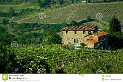 toskanisches haus toskanisches haus italien lizenzfreie stockbilder bild