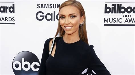 what is wrong with giuliana rancic face giuliana rancic steps down as the face of the