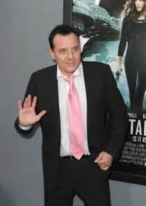 Kfed Tries To Get Into Rehab by Robert De Niro Tried To Get Tom Sizemore Into Rehab