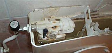 Inbouwreservoir Toilet Defect by Stortbak Wc Houdt Soms Niet Op Met Water Nemen