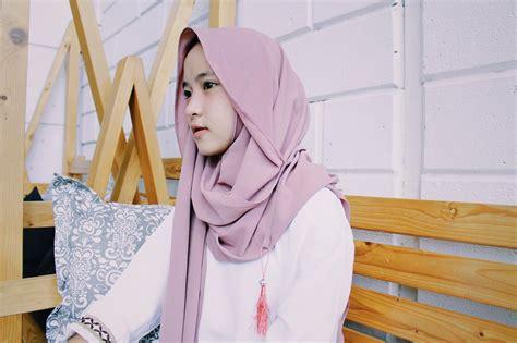Kerudung Murah Instan Slem Tanpa Pet Cantik begini model jilbab cantik murah terbaru jadi trend jilbab instan