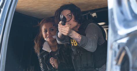 tattoo girl tv show 2015 blindspot season 1 episode 6 the tattoos reconsidered