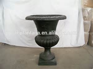 fiberglass urn planter wholesale in classic design garden