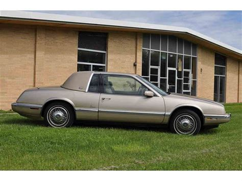 how to sell used cars 1992 buick coachbuilder interior lighting 1992 buick riviera for sale classiccars com cc 679940