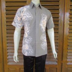 236 Kemeja Batik Anak 2 4 Thnhem Anak Lakiseragam Batik Model Kemeja Batik Pria Lengan Pendek Warna Hitam
