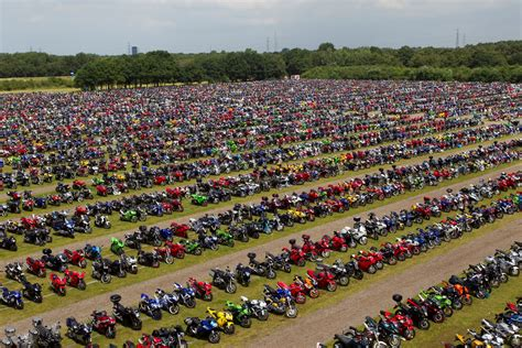 Motorradrennen Assen 2019 traffic during tt assen tt circuit assen