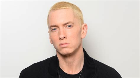 eminem beard eminem has a beard darker hair at the defiant ones