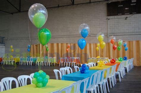 para bautizo compuesta por cuatro centros de flores de papel para como hacer arreglos con globos centro de mesa para una