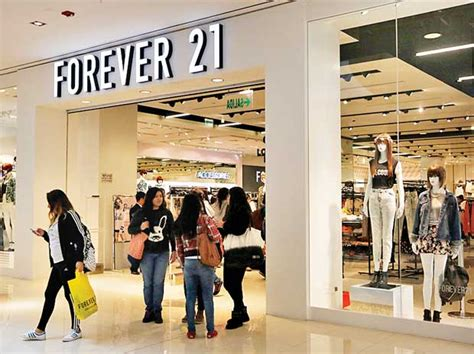 xnxn2016 fashion brand shopping forever 21 looks to script a new story business standard