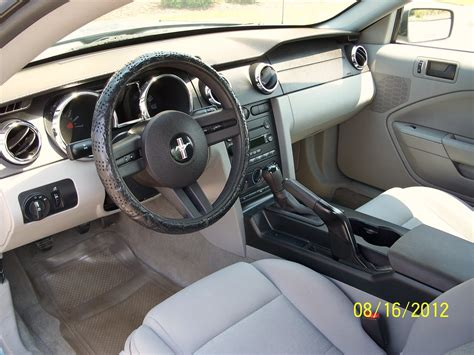 2006 Mustang Interior by 2006 Ford Mustang Pictures Cargurus
