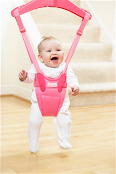 bouncing swing baby how to choose a baby bouncer
