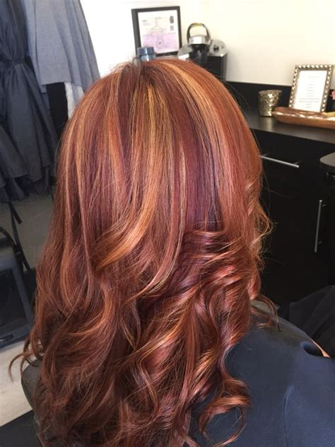 natural red lowlights with blonde highlights red hair with blonde highlights and violet low lights