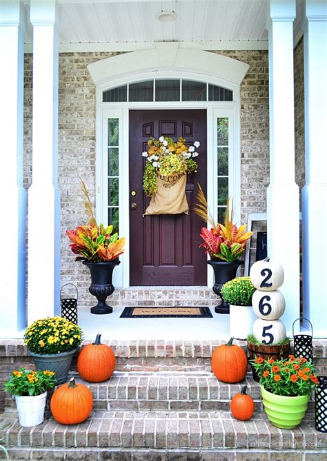 fall home tours finding fall bhg   picket fence