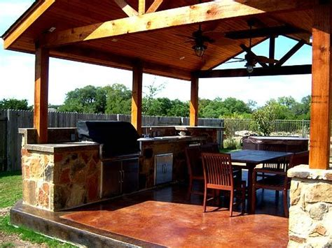 covered outdoor kitchen plans mooresville covered outdoor kitchen totally equipped outdoor kitchens photo gallery