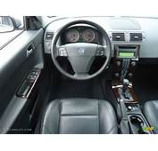 2006 Volvo V50 24i Off Black Dashboard Photo 62845393