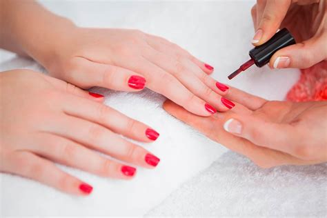 nail salon manicure methyl methacrylate in nail salons what you need to know