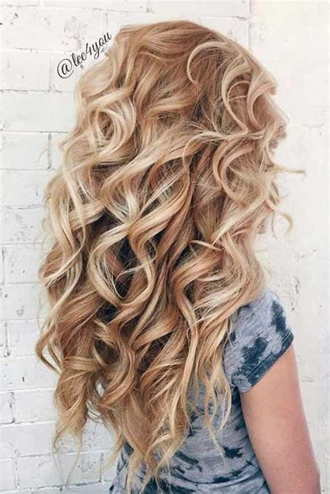 Beautiful Curly Hairstyles by Totally Chic And Beautiful Curly Hairstyles Hairstyles