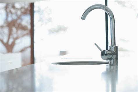 remove a kitchen faucet here s how to removing a kitchen faucet
