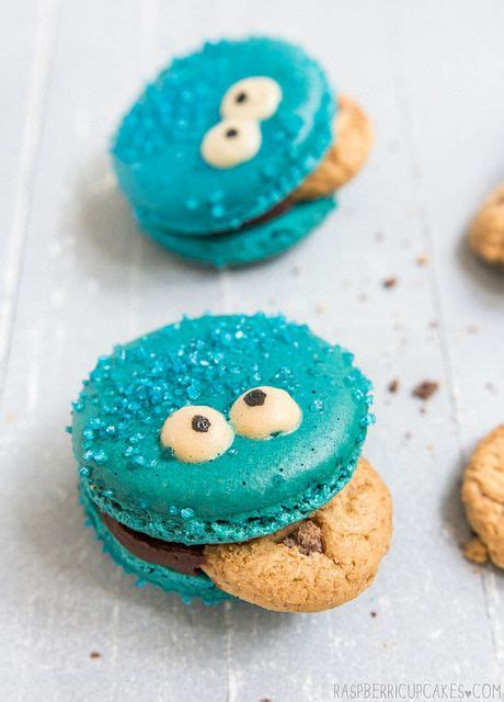 cupcakes cookies macarons 1000 ideas about macaroons on french macarons recipe macaroon recipes and macaron