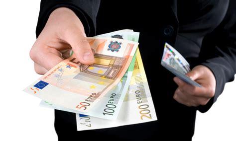 stipendio in dov 232 finito lo stipendio comune di curti 81040