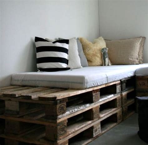 Creative Diy Bed Frames 15 Beautiful Wood Pallet Bed Frames Gift Ideas Creative Spotting